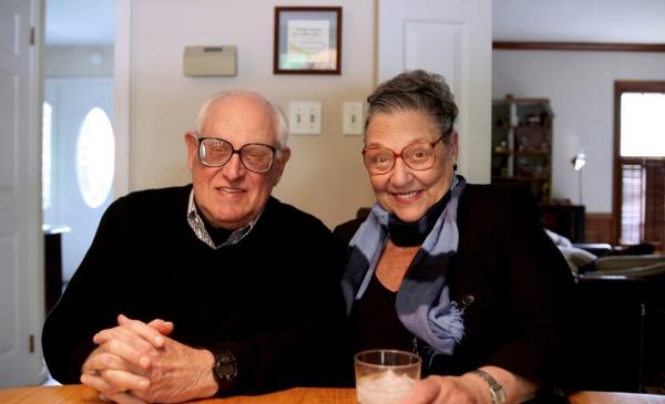 Quand nos grands-parents découvrent Tinder